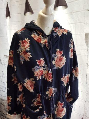 Sweater-Weste Größe 42 in Blau Floral