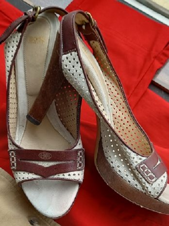 Schuhe Hugo Boss, Größe 38, Beige aus Leder