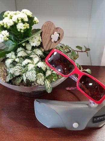 Sonnenbrille Miu Miu in Rot