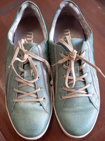 Sneakers MjusGröße 39 in Türkis