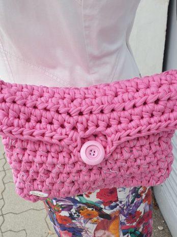 Pinke Tasche aus Textil