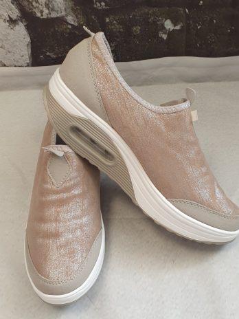 Schuhe Größe 40 in Taupe aus Textil NEU
