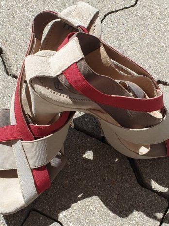 Leder Schuhe Größe 38 in Rot/Beige