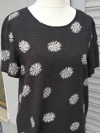 Shirt Vero Moda Größe Medium, Schwarz/Weiß