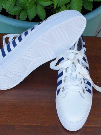 Tamaris Sneaker Größe 40 in Blau/Weiß NEU