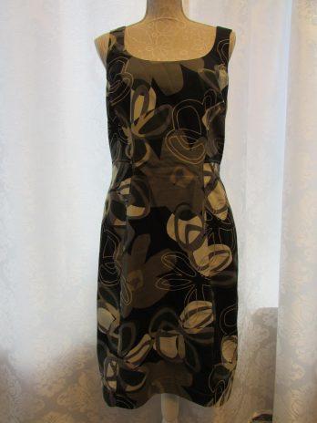 Kleid Basset 42 in Schwarz| Floral