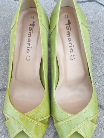 Tamaris Leder Schuhe Größe 41 in Grün