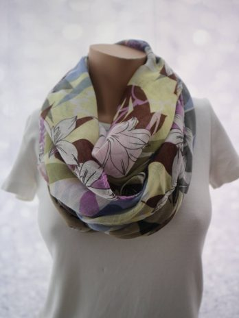 Schal in Lila/Floral
