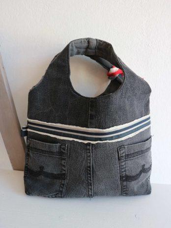 Tasche aus Textil in Grau Gemustert