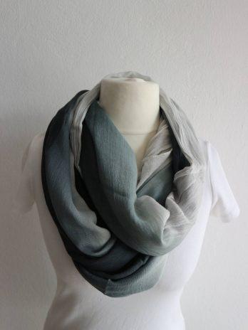 Schal in Grau|Schwarz